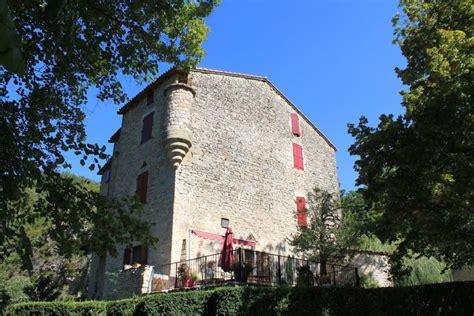 chambre d hote dans un chateau chambre d 39 hôte dans l 39 aveyron le château de sorgues
