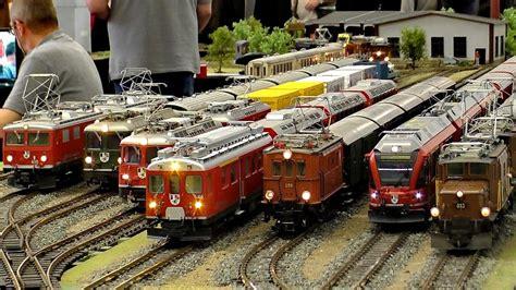 hornby train set train model