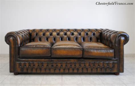 grand canap lit chesterfield chesterfield le canapé lit grand