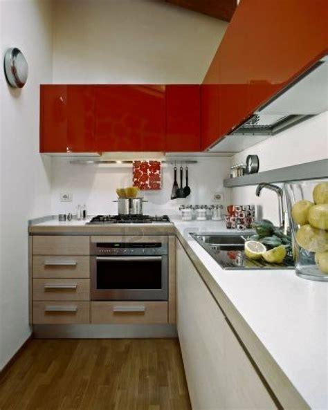 una cocina pequena  tiene por  renunciar  nada una