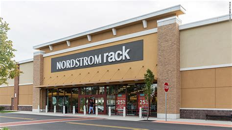 nordstrom rack brentwood nordstrom rack apologizes for falsely accusing black