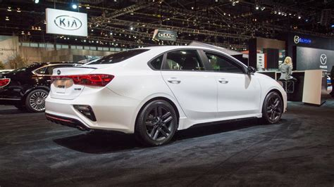 Kia Forte Gt 2020 by 2020 Kia Forte Gt Line Debuts At Chicago Auto Show With