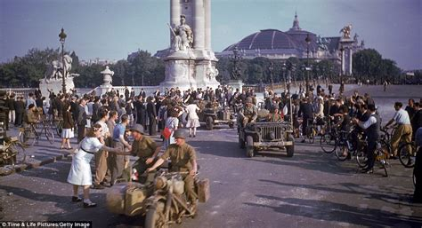 day rare colour pictures  world war ii depict
