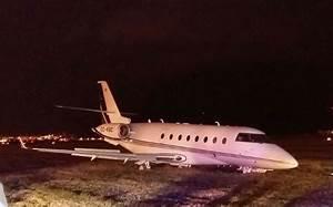 Cristiano Ronaldo's private jet crash lands at Barcelona ...