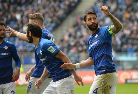 Dann sind sie hier genau richtig. Erster Auswärtssieg beim HSV: Darmstadt wendet Abstieg ...