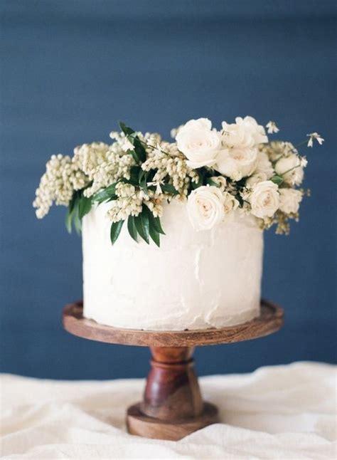 pretty single layer wedding cakes   trends