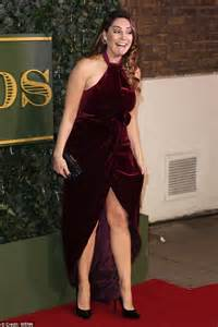 kelly shameless actress kelly brook shows her knickers at evening standard theatre