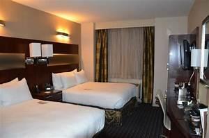 Lits Jumeaux Adultes : chambre avec lits jumeaux photo de doubletree by hilton hotel new york city financial ~ Melissatoandfro.com Idées de Décoration