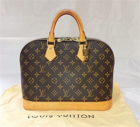 authentic louis vuitton monogram alma hand bag purse  lv