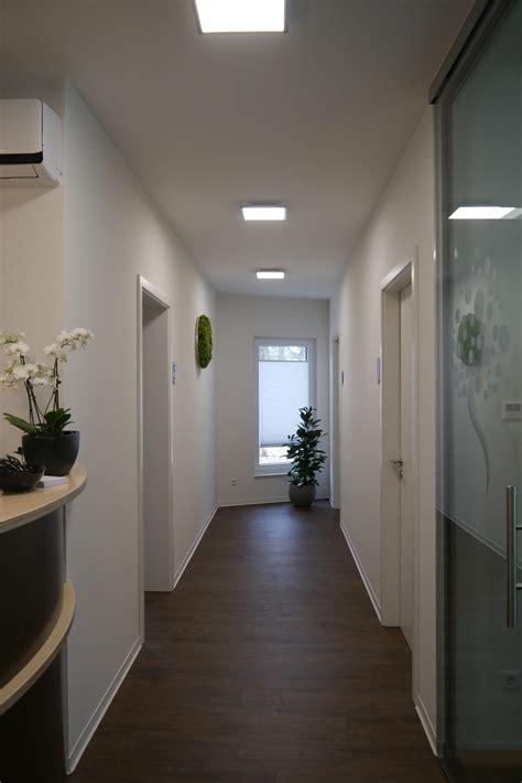 Flurbeleuchtung Lichtakzente Sorgen Fuer Wohnlichkeit by Ausgezeichnete Flur Beleuchtung Im Gesamten Konzept F 252 R