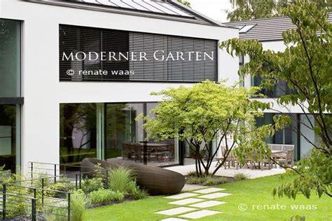 Trittplatten Für Rasen by Die Besten 25 Garten Neu Gestalten Ideen Auf