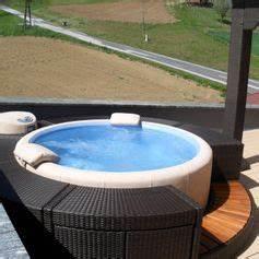 Whirlpool Softub Gebraucht : gebraucht softub whirlpool legend inkl rattanumrandug in 8313 fehring um shpock ~ Sanjose-hotels-ca.com Haus und Dekorationen