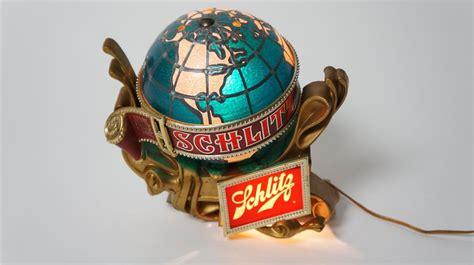 neat vintage schlitz beer light  tavern sign