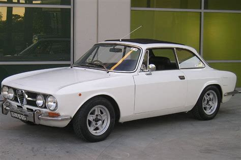Sold Alfa Romeo Gtv 1750 Coupe Auctions  Lot 2 Shannons