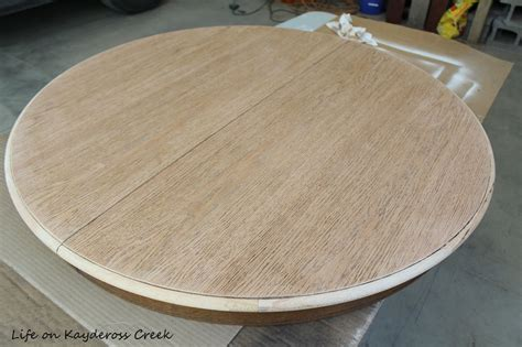 Diy farmhouse coffee table (ikea hack). DIY Round Farmhouse Coffee Table - Life on Kaydeross Creek