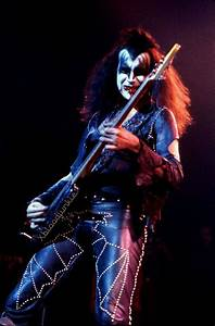 1000+ images about KISS on Pinterest | Peter criss, Kiss ...