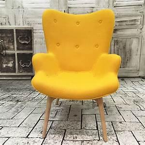 Petit Fauteuil Jaune : fauteuil ange design en laine jaune fauteuil topkoo ~ Teatrodelosmanantiales.com Idées de Décoration