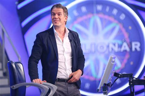 """Was macht ein junger mensch mit so viel geld und wie hat es ihn verändert? """"Wer wird Millionär? - Prominentenspecial"""" heute bei RTL ..."""