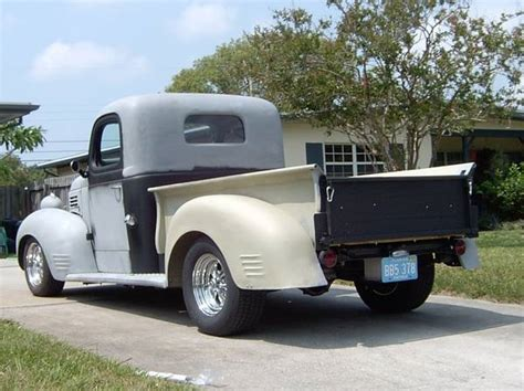 1940 Plymouth Pick Up, Pt105  Club Hot Rod Photo Gallery