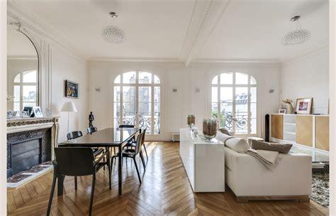 rideau de cuisine en un appartement haussmanien revisité atelier fb