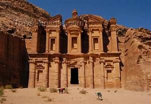 Ad Deir: The Monastery of Ancient Petra الدير