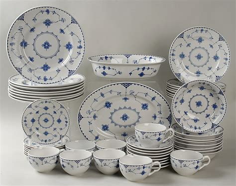 1640 blue and white dish sets johnson brothers denmark blue 50 set at replacements