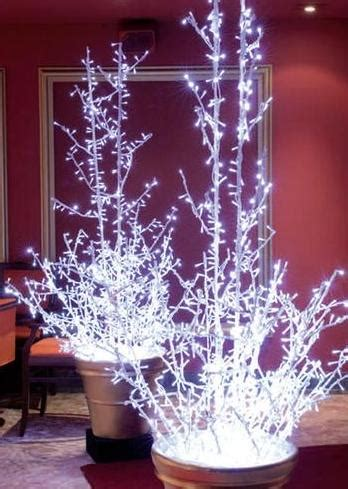 arbre lumineux exterieur noel decoration arbre de noel exterieur soldes decorations lumineuses de noel assorockstudio