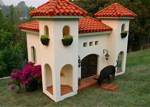 Luxury dog house and bed of natural materials one decor for Dog house miami