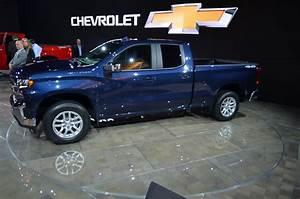 Chevy U0026 39 S 2019 Silverado Brings The Heat To Full-size Truck Segment