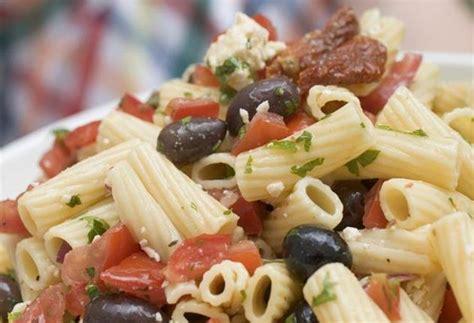 salade de p 226 te aux tomates s 233 ch 233 es notrefamille