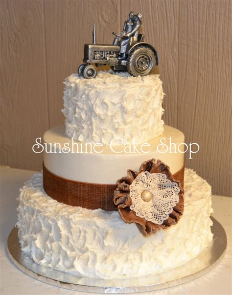 Burlap And Lace Rustic Wedding Cake