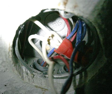 grounding a ceiling fan new ceiling fan to replace old no ground wire