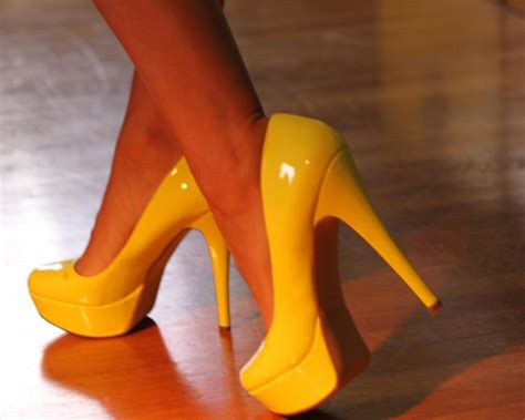 shoes for wood floors how to clean and maintain laminate floors diy