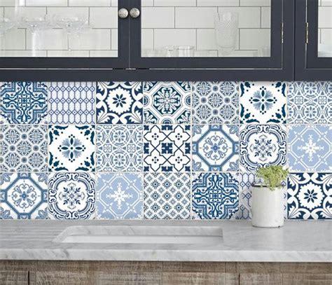 les 25 meilleures id 233 es concernant stickers salle de bain sur stickers carrelage