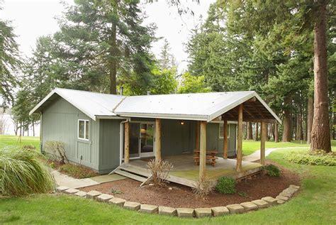 million dollar homes  square feet  million dollars  cash small house plans