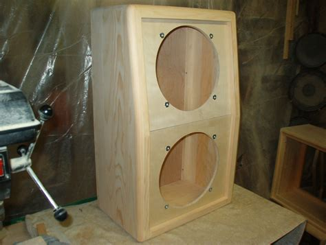 2x10 Guitar Cabinet Design by Trm Home