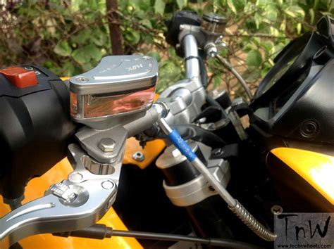 Modifikasi Motor Bajaj Pulsar 200ns by Modifikasi Bajaj Pulsar 200ns Kaki Kaki Ktm Duke 200 India