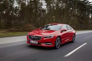 Opel Insignia 2017 : driven 2017 opel insignia grand sport 2 0 turbo 4x4 autoevolution ~ Medecine-chirurgie-esthetiques.com Avis de Voitures