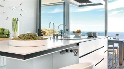 cuisine cote maison plan de travail évier mitigeur côté maison