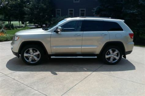buy   jeep grand cherokee overland summit