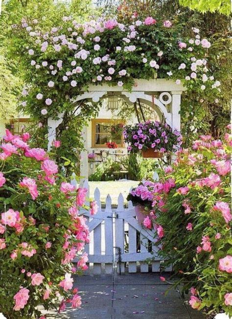 Simple Beautiful Country Garden Decor Ideas