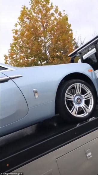 kylie jenners customised icy blue rolls royce wraith set