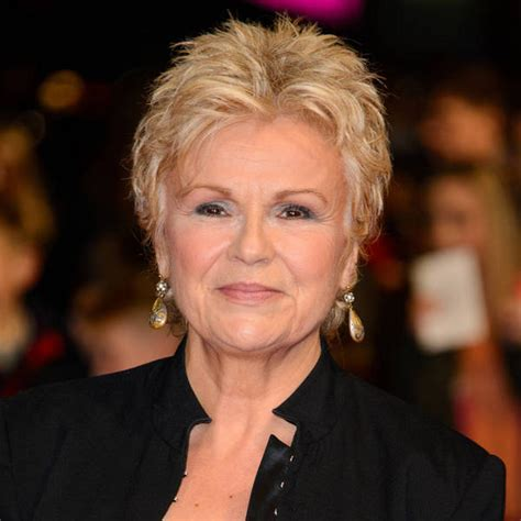 Julie Walters discovers murderous ancestor on genealogy