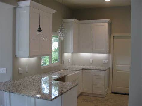 color subway tile backsplash  white shaker