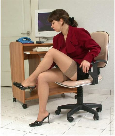 The Unequivocal Look Of Women In Stockings And High Heels Chic Hosiery