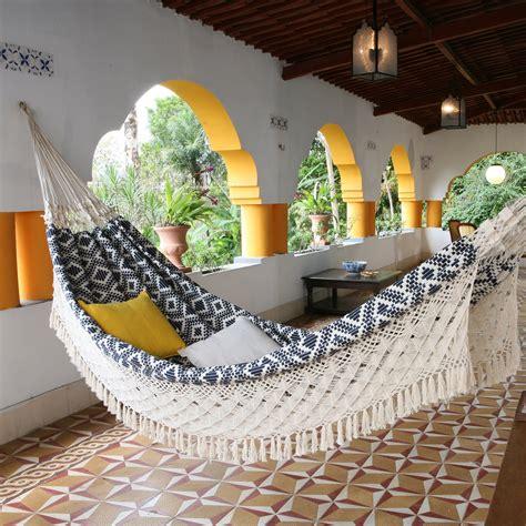 indoor hammock  relaxing swings  forget