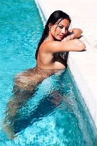 Melanie Sykes poses NAKED for scorching shoot as 45th ...