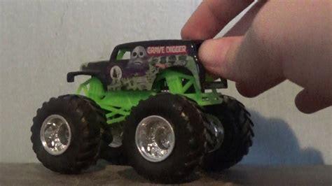 grave digger monster truck youtube wheels monster jam trucks grave digger youtube
