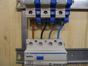 Elektrik Selber Verlegen : fi schalter einbauen anschliessen 4 elektrik ~ Lizthompson.info Haus und Dekorationen