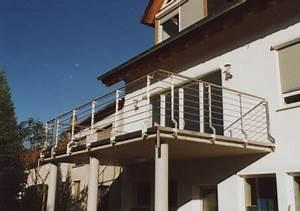 gelander aussengelander an einem balkon aus beton With markise balkon mit beton tapete